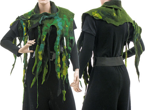 Lagenlook scarf wrap with fringes, handmade merino felt in green
