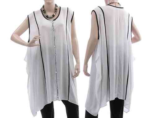 Lagenlook tunic with buttoned front, viscose in white M-XL