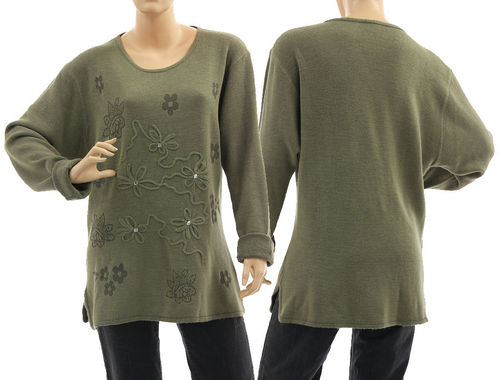 Sweater Mirja with flower application, merino wool in olive M-L