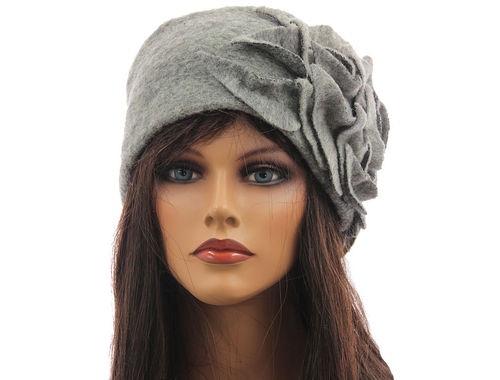 Boho lagenlook hat cap with leaves boiled wool in light grey M-XL